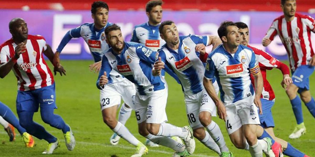 Diego Reyes celebró siete años de jugar en Primera División