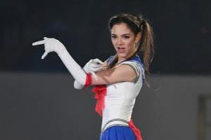 Patinadora Evgenia Medvedeva deslumbra con rutina de 'Sailor Moon'