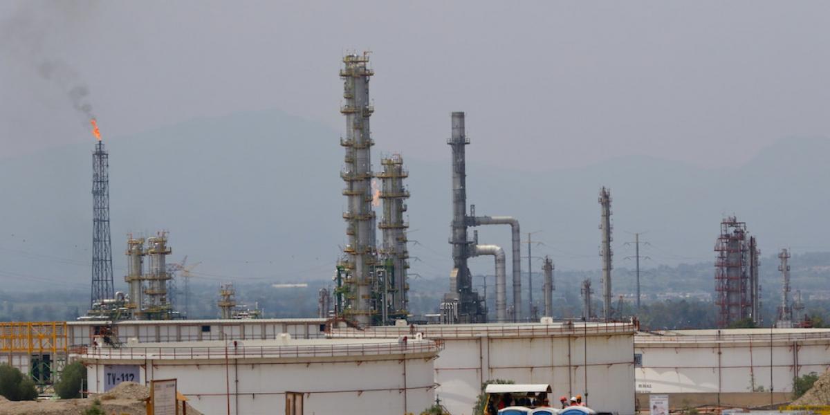 Pemex se protege y contrata coberturas petroleras por 133.5 mdd