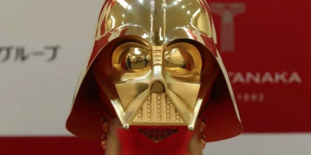 Venden casco de oro de Darth Vader en 1.3 millones de euros