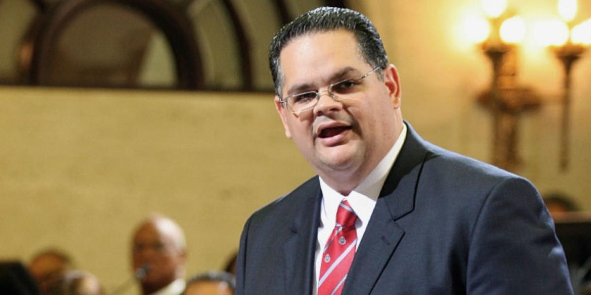 Legislador denuncia cierre de dos oficinas Fondo del Seguro del Estado