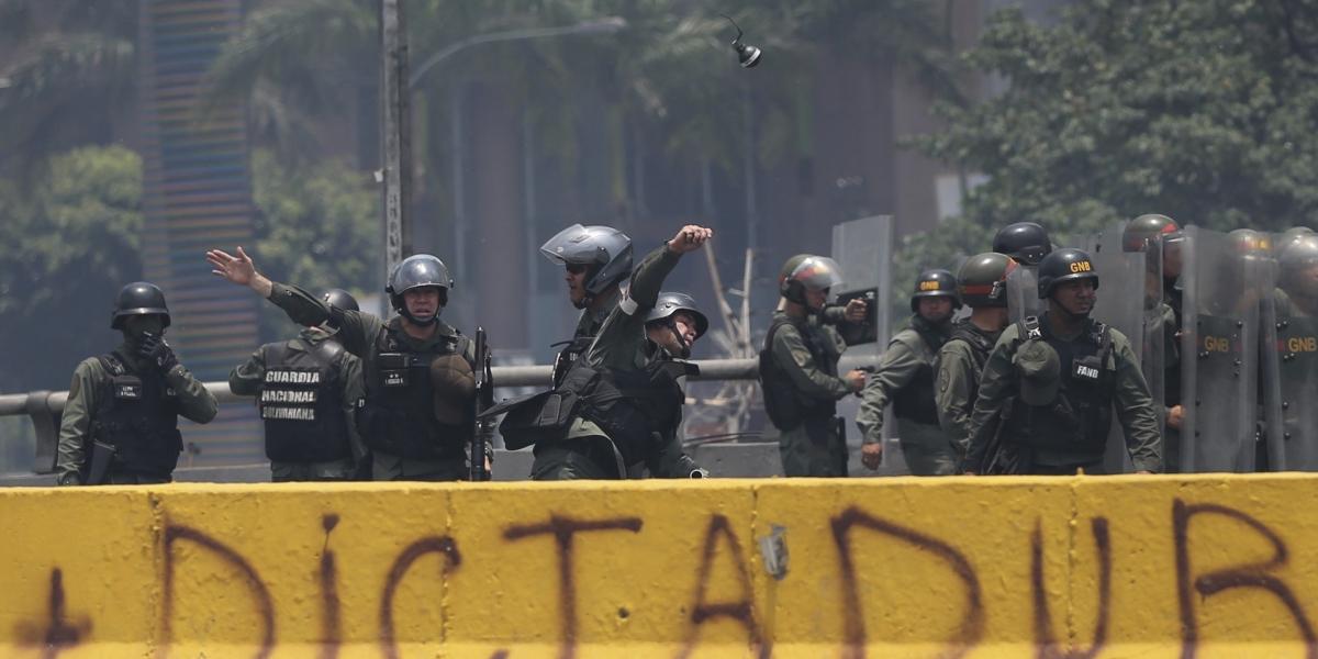 Venezuela anuncia que activará proceso para salir de la OEA