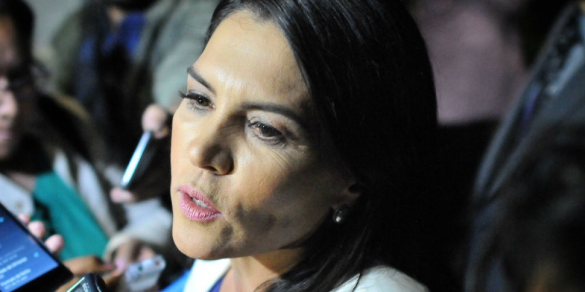 Teresa Castell acepta haber tenido cercanía con el PRI