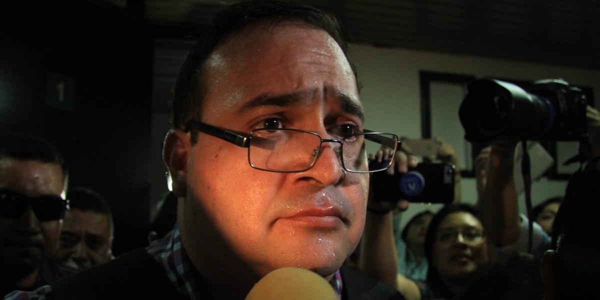 Pide Javier Duarte a Guatemala, colchón, lámpara y convivir con reos