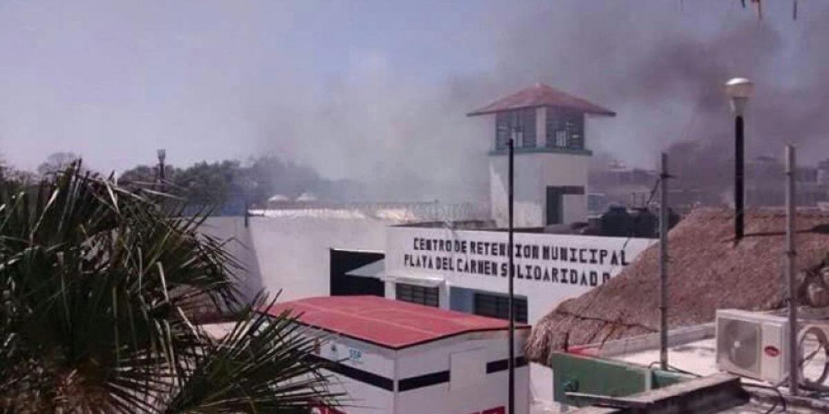 Al menos 21 heridos por riña en penal de Playa del Carmen