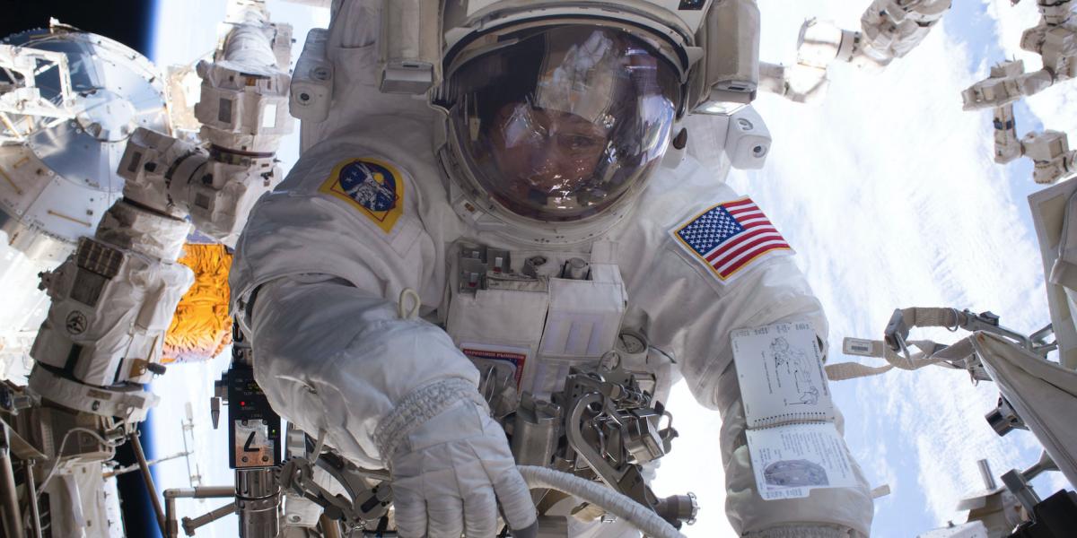 Escasez de trajes espaciales de la NASA