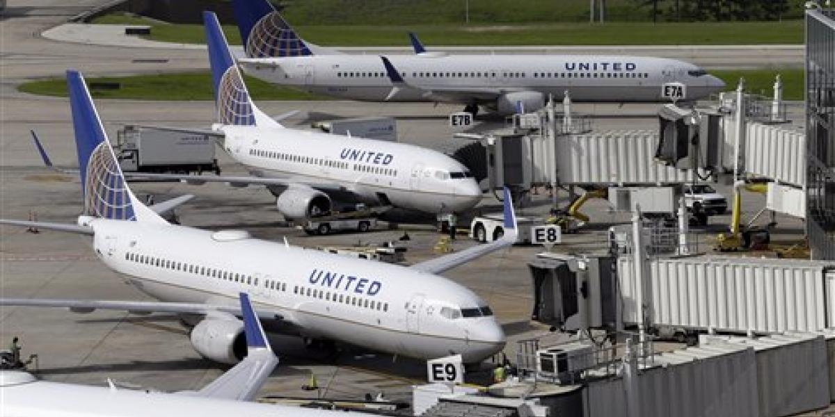 United aumentará compensación a pasajeros que cedan asiento