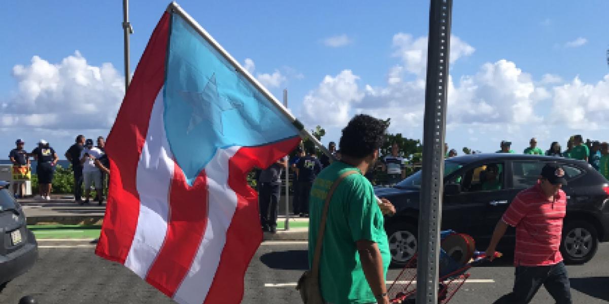 Trabajadores repudian frente al Capitolio el Proyecto 938