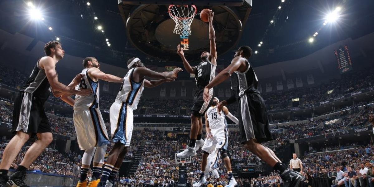 NBA: Spurs se mete en semifinales del Oeste de la mano de un brillante Kawhi Leonard