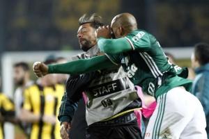 VIDEO: Jugadores protagonizan batalla campal en la Copa Libertadores