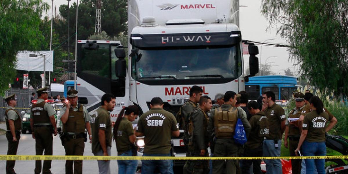 Millonario robo a camión que transportaba ropa: amplio operativo para dar con delincuentes