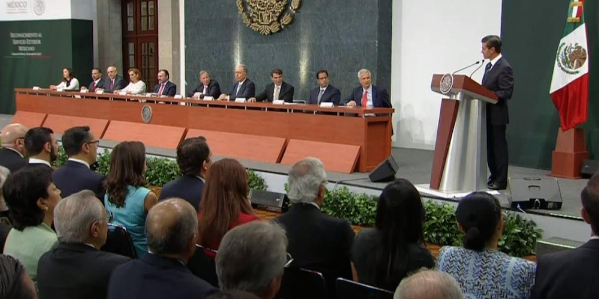 Reconoce Enrique Peña Nieto el trabajo del Servicio Exterior Mexicano