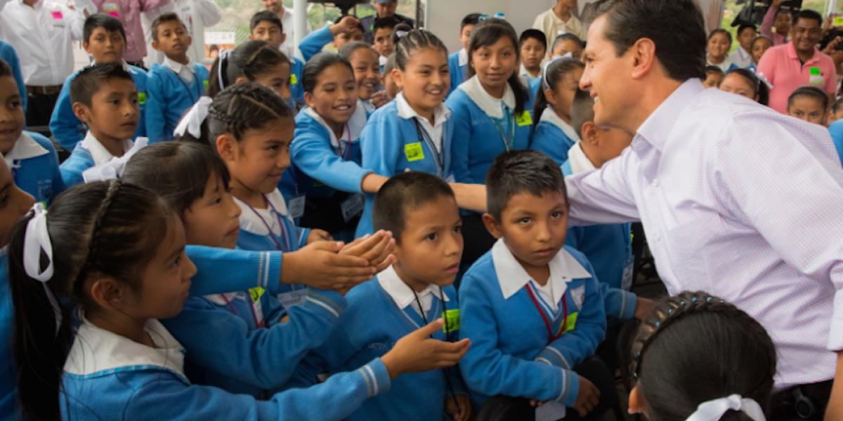 Gobierno realiza esfuerzo especial a favor de la niñez indígena: Peña Nieto