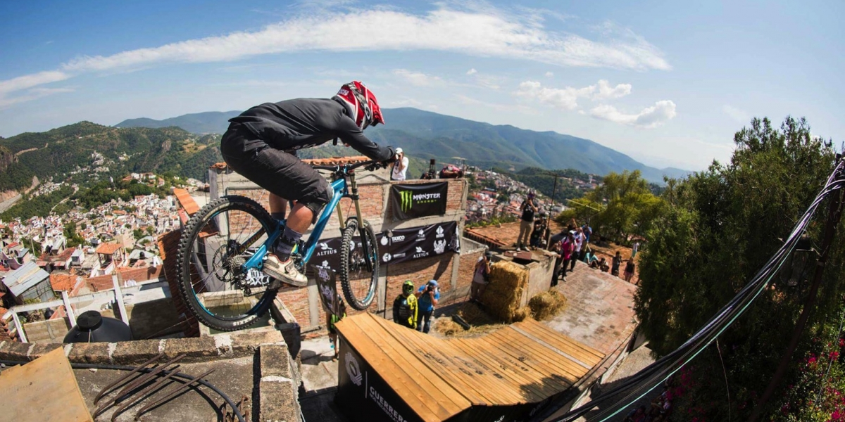 """""""En el downhill, yo soy mi rival más fuerte"""": Ricardo Peredo"""