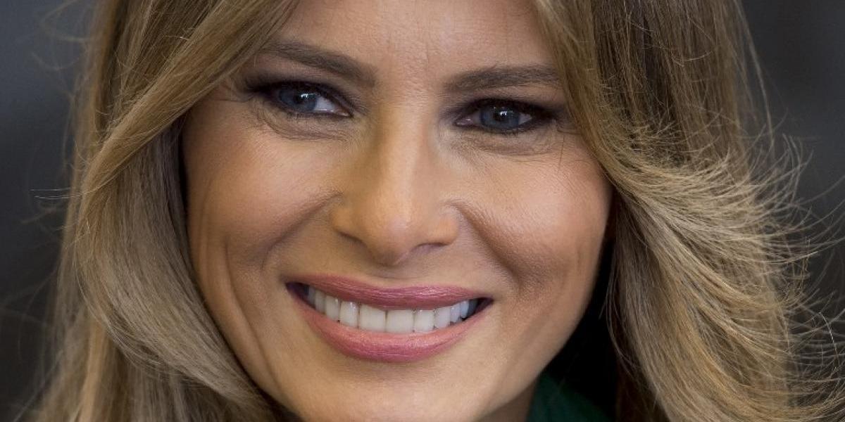 ¿Vestida para la guerra?: Melania Trump enciende las redes sociales con una llamativa vestimenta