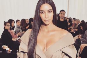 Kim Kardashian responde a quienes la criticaron por su celulitis