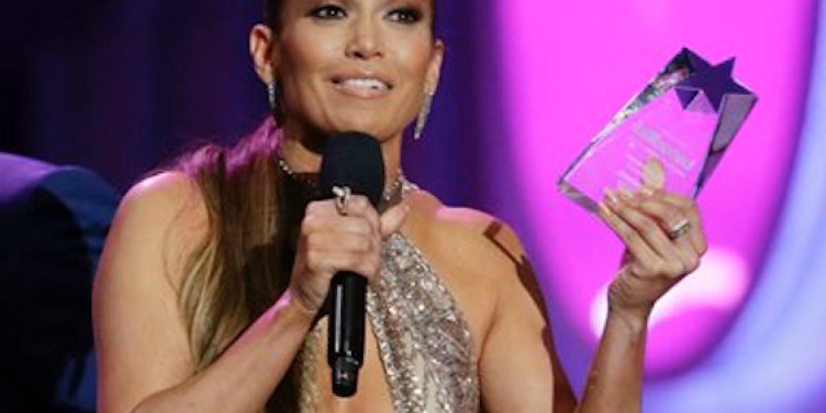 Brilla Jennifer López en los Billboard 2017