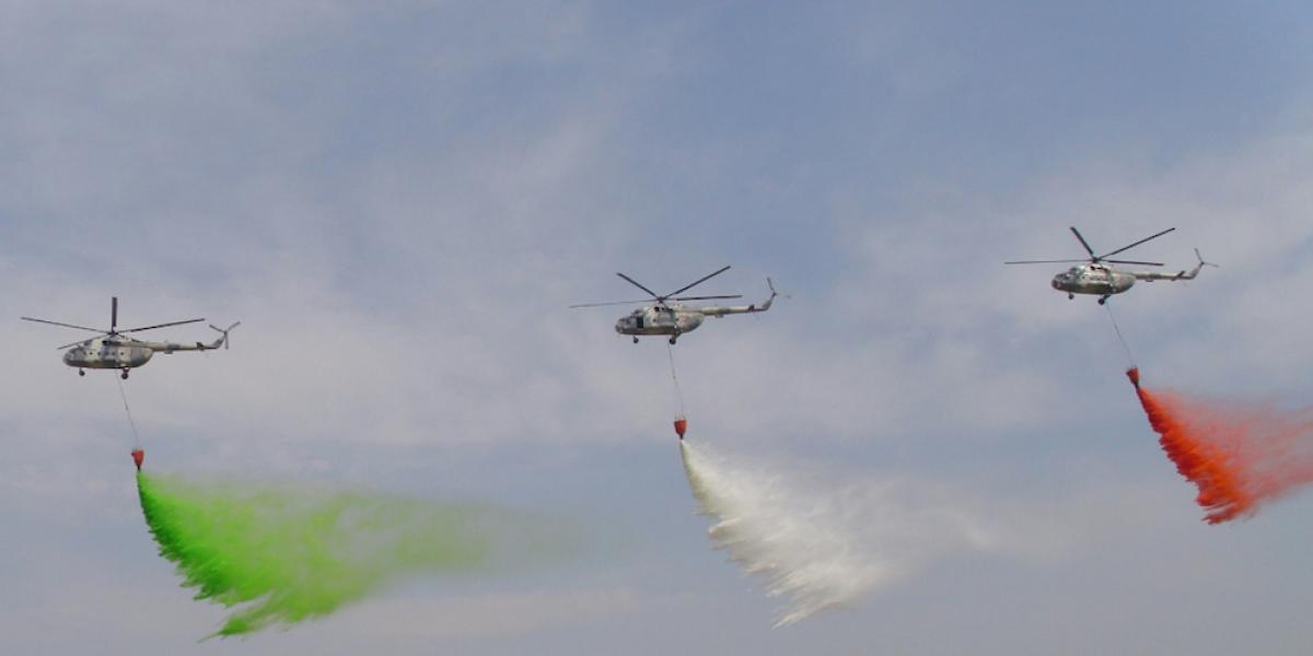 Clausuran la Feria Aeroespacial 2017 con espectáculo aéreo