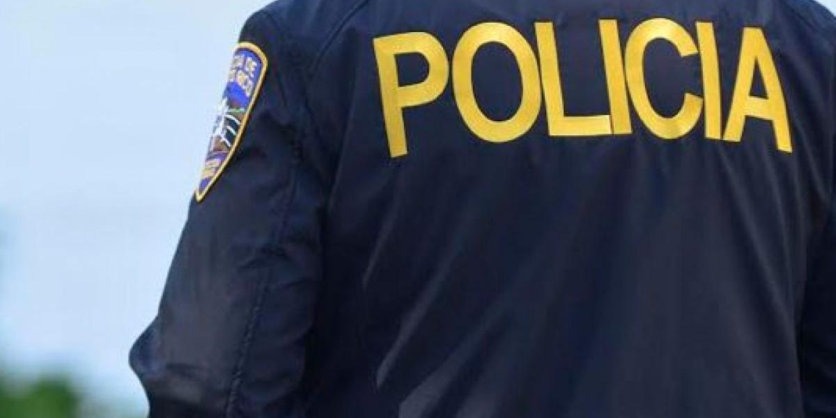 Ilesos dos jóvenes que recibieron disparos en su vehículo