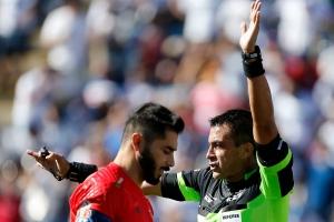 Johnny Herrera: 'Duele perder cuando los goles te los hace el guardalínea'