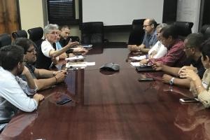 Superintendente se reúne con líderes sindicales