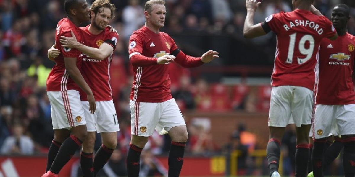 Manchester United desperdició la chance de meterse en zona de Champions League