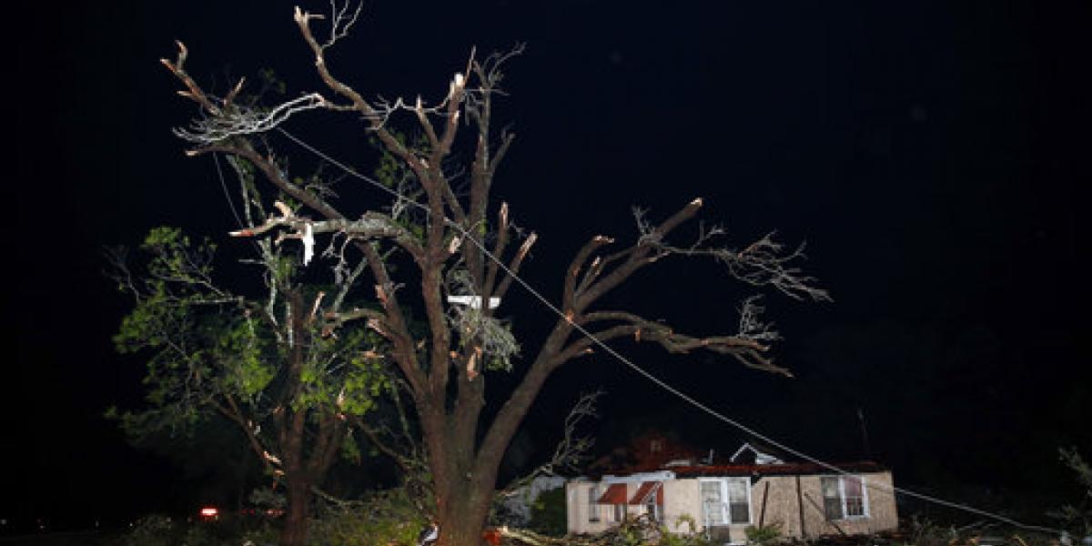 Tornados en Texas dejan al menos 5 muertos y más de 50 heridos