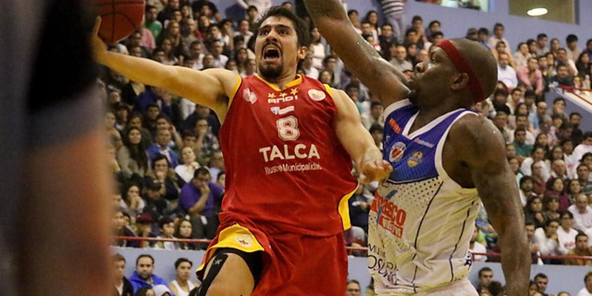 Español da el golpe en Osorno y se queda con el quinto partido de la final de la Liga Nacional