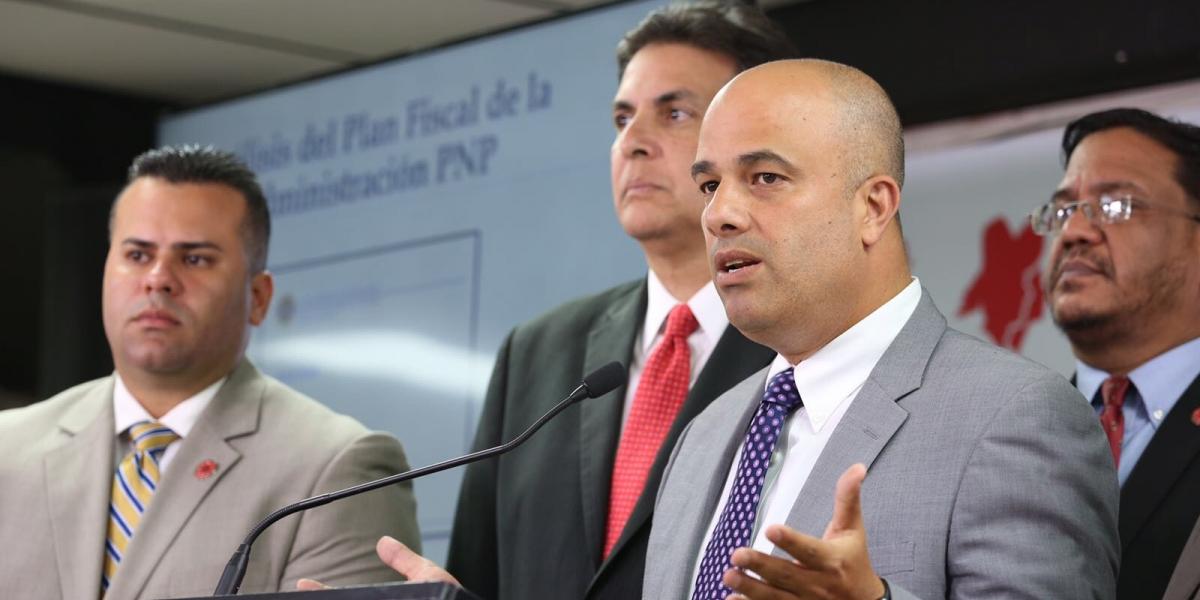 Ferrer repudia nominación de Pesquera a Seguridad Pública
