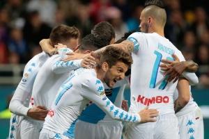 Nápoles gana e incrementa crisis del Inter