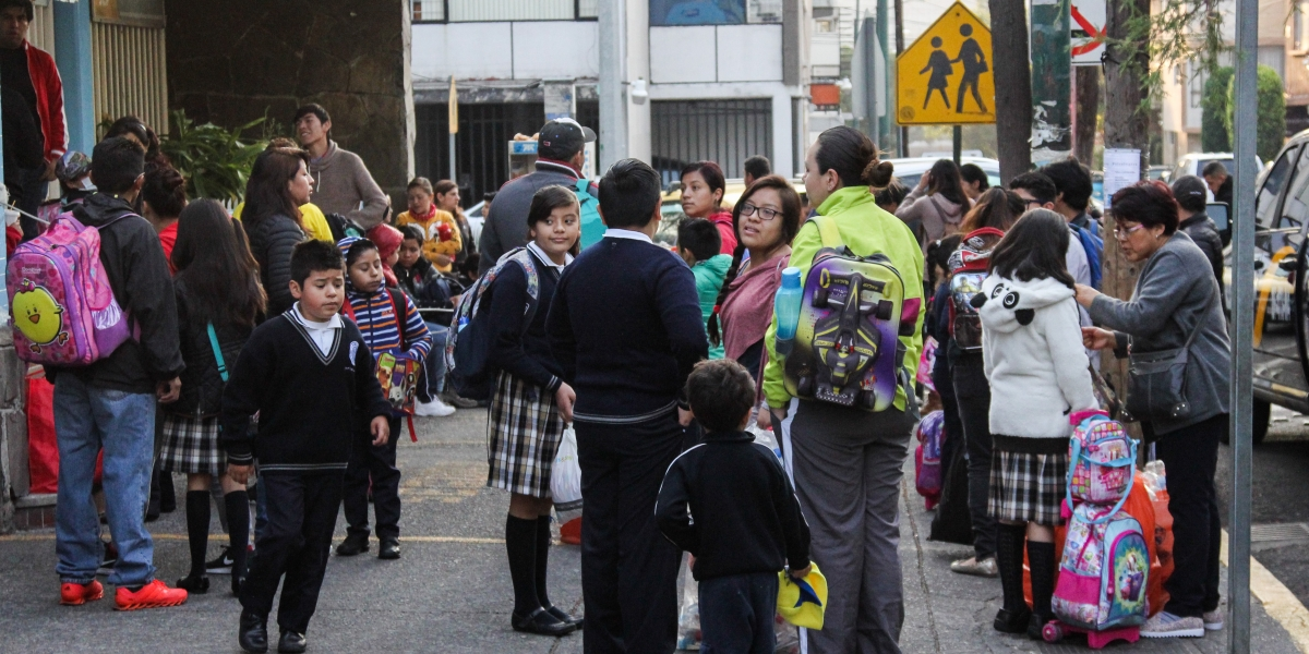 CNDH pide mayor protección de derechos de niños y adolescentes mexicanos