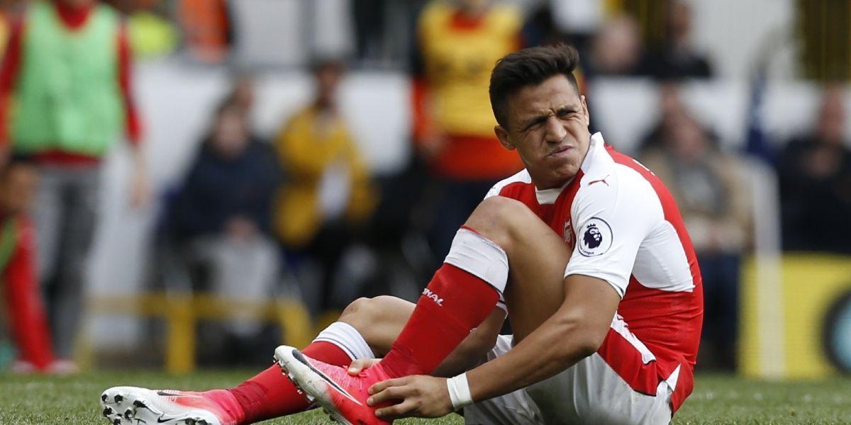 """Otro ex futbolista del Arsenal contra Alexis: """"Si él quiere ir al Chelsea, entonces véndanlo"""""""