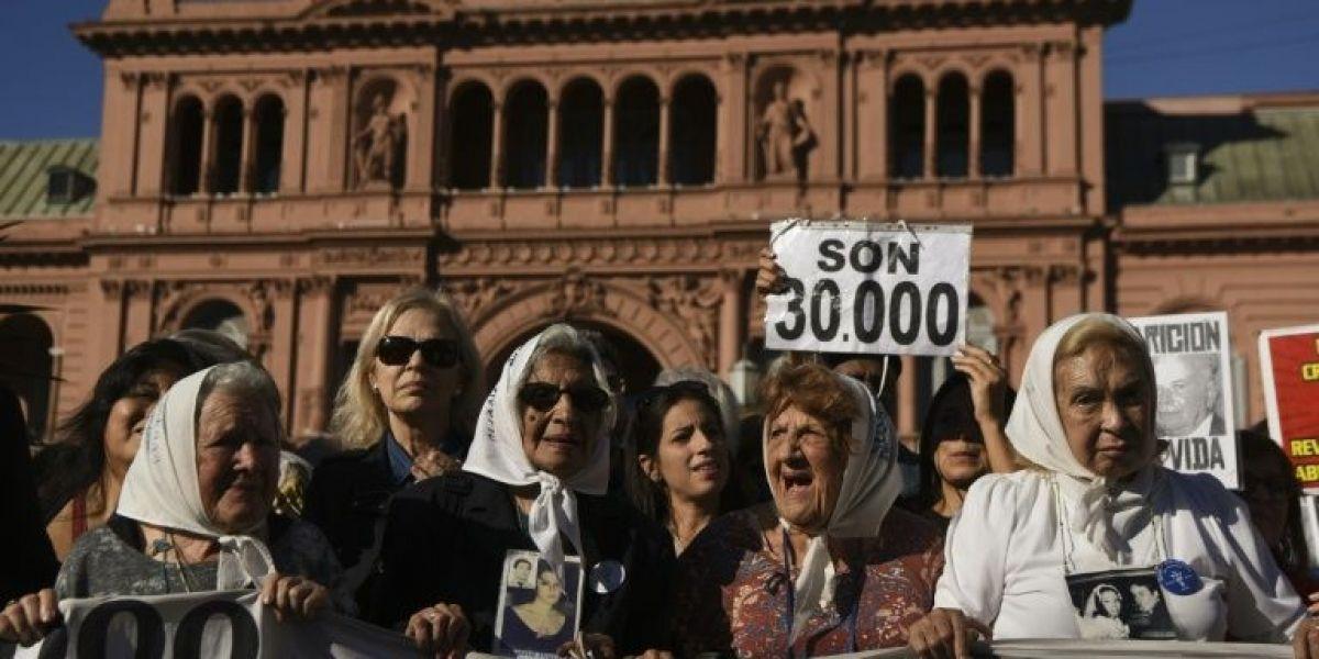 Las Madres de Plaza de Mayo conmemoran los 40 años de lucha por los desaparecidos