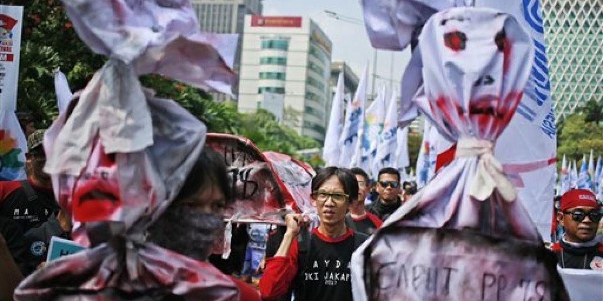 Miles exigen derechos en el Día Internacional del Trabajo en diversos países