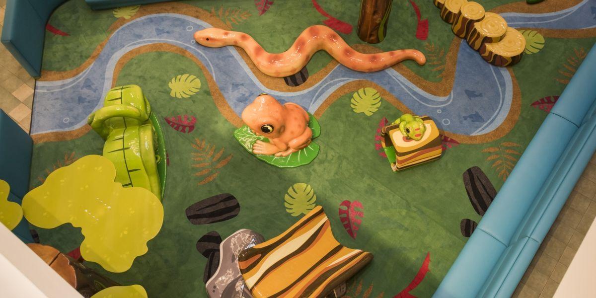 Plaza Las Américas inaugura área de juegos para niños