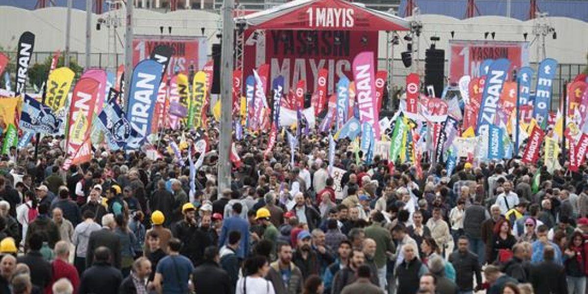 Decenas de detenidos y gases lacrimógenos en Estambul en el Primero de Mayo