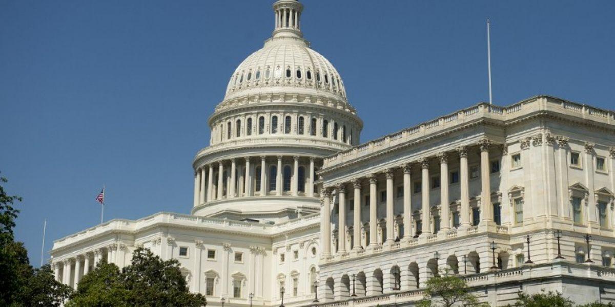 Estados Unidos logra acuerdo sobre presupuesto, pero ignora muro fronterizo