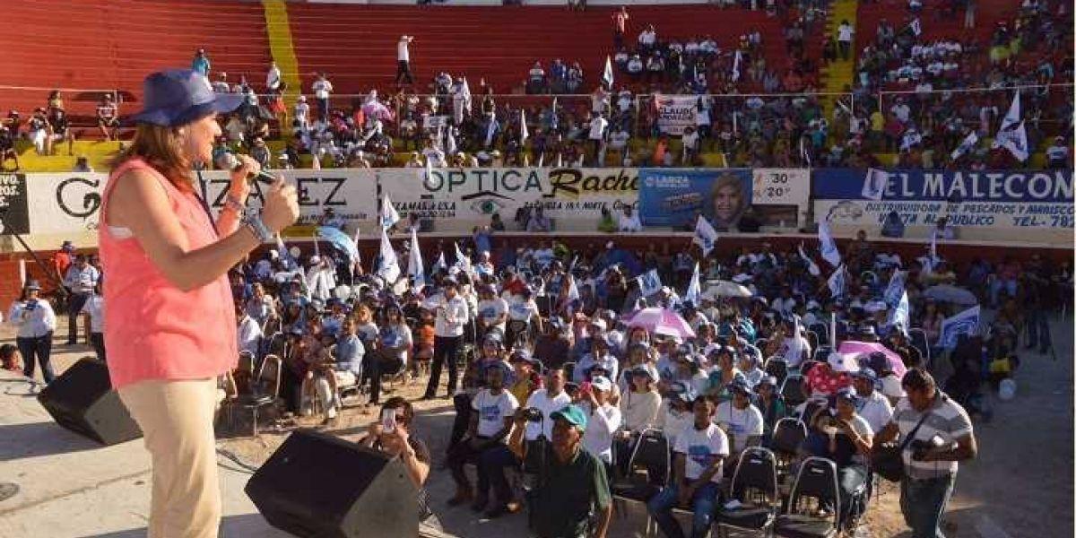"""""""Abandonan"""" a Margarita Zavala en Coahuila"""