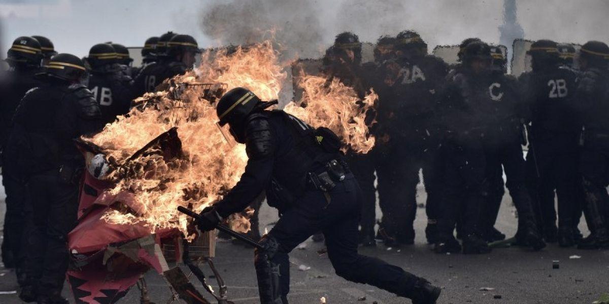 Disturbios en París al margen de desfile por el 1 de Mayo