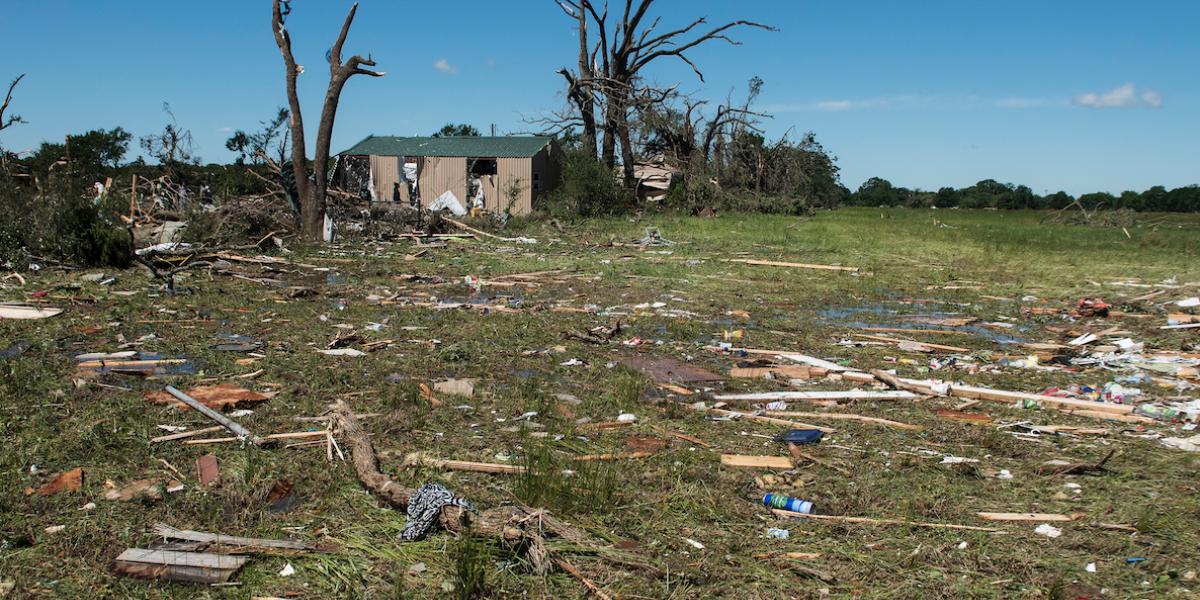 EEUU se recupera luego de tormentas que causaron 15 muertos