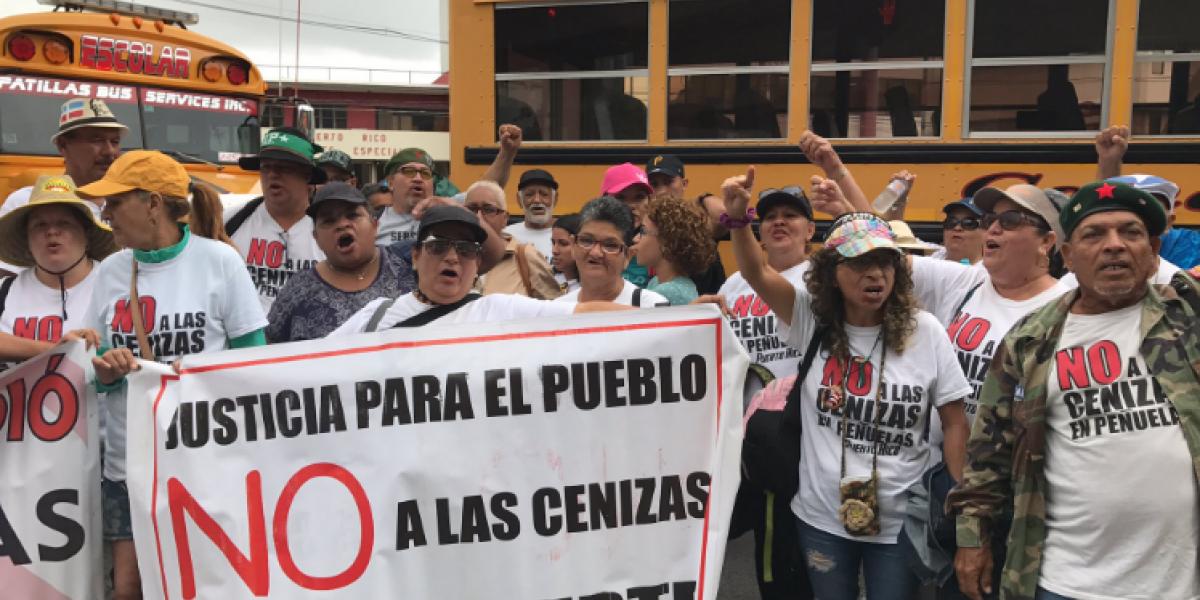 Protestan frente al Departamento del Trabajo