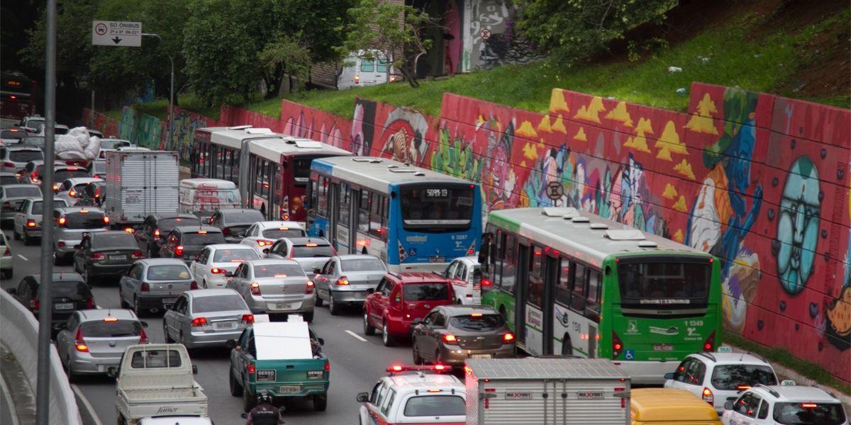 Brasil é o quinto país do mundo em mortes no trânsito, segundo OMS