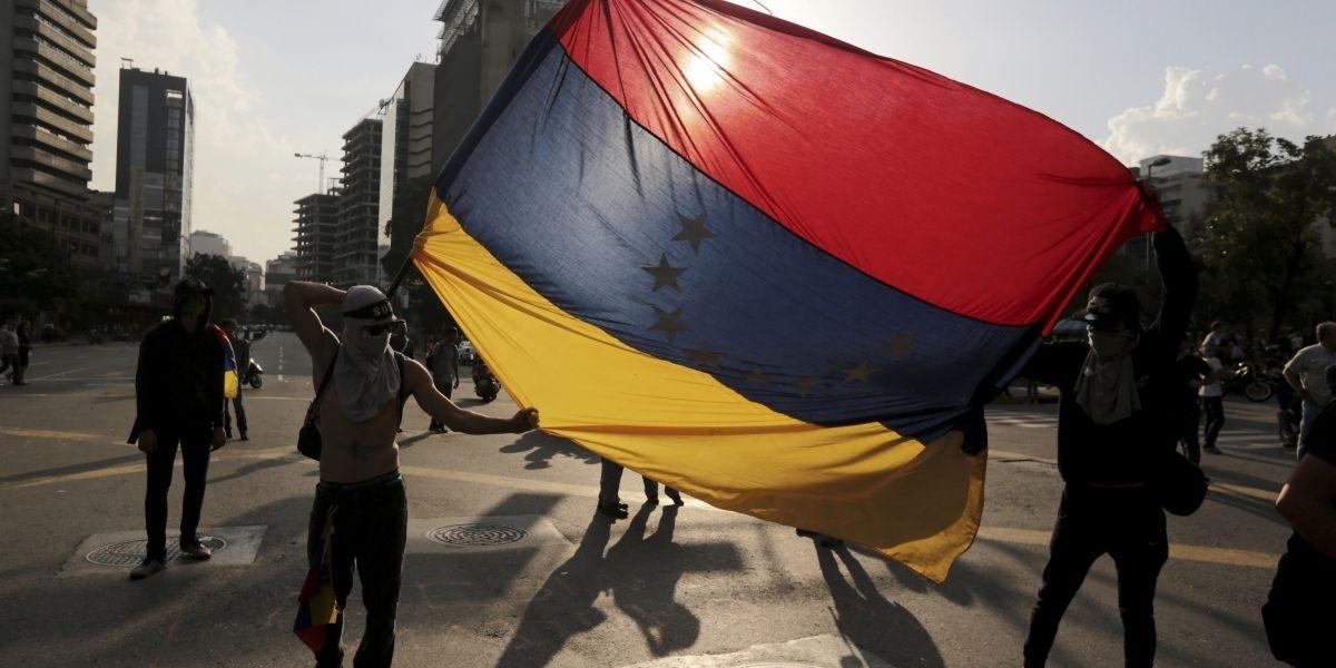 Reprimir a disidentes en Venezuela no resolverá la agitación: ONU