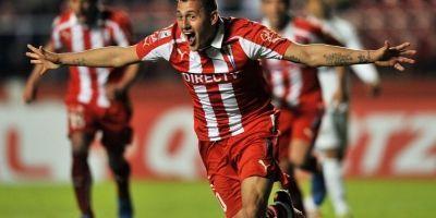 Nicolás Castillo celebrando su gol en el 1-1 ante Sao Paulo en 2013 / AFP