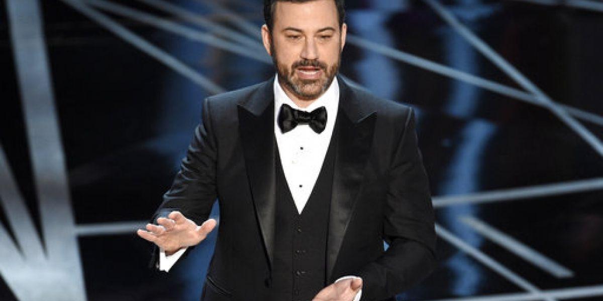 Jimmy Kimmel habla de aterradora cirugía de su recién nacido