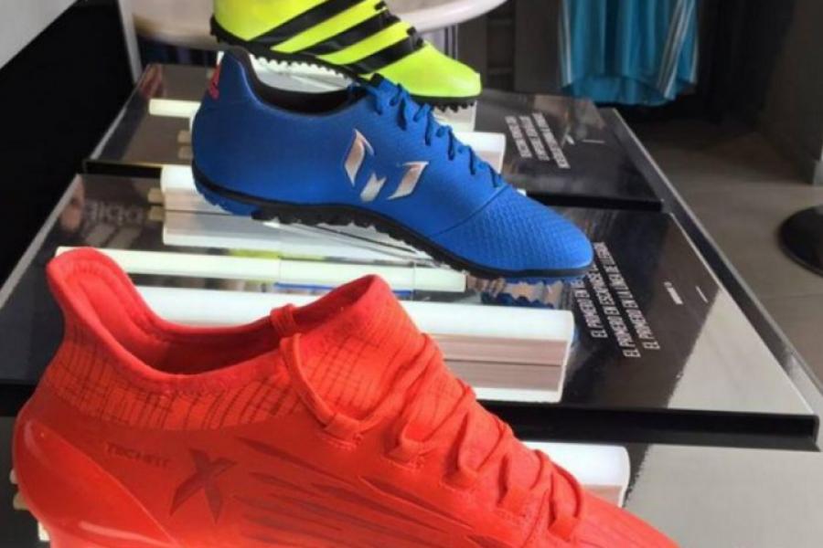 201655b15e44f Llegan a Guatemala nuevos botines para los mejores jugadores de futbol