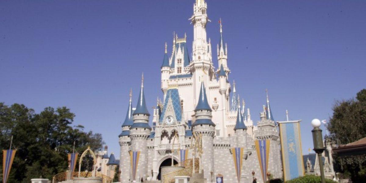 Disney incluye la marihuana en lista de cosas prohibidas