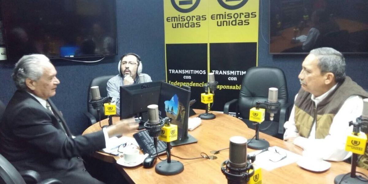 Analizan caso de estudiantes atropellados en calzada San Juan y renuncia del ministro de Economía