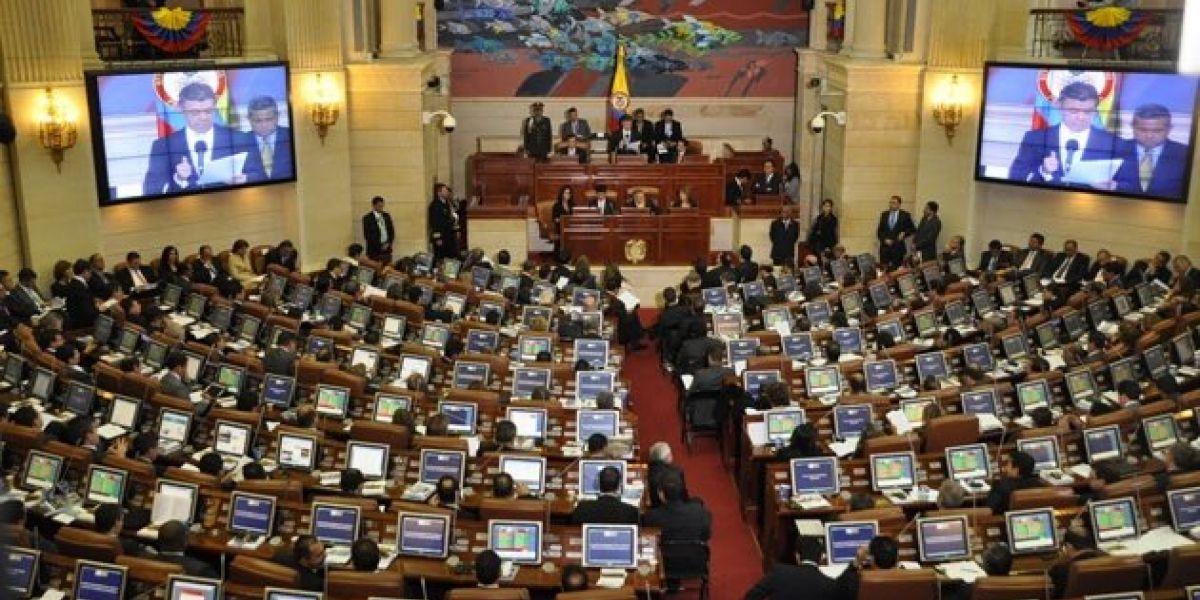 Congresistas exigen aprobación de las Circunscripciones para la paz