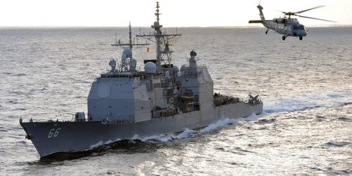Escándalo sexual en crucero de misiles de EEUU: así es el triángulo amoroso que remece a la flota naval